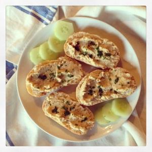 Hummus di Ceci sul pane